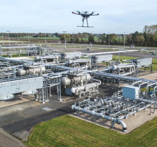 Technology_oil_gas_digitalization_data_processing_DroneQuest_NAM