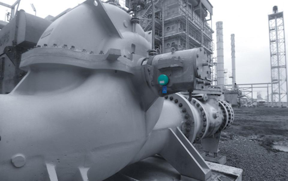 Oil_Gas_Technology_Innovation_Internet_IoT_Smart_condition_monitoring_FitMachine_Movus_Outdoor_EX