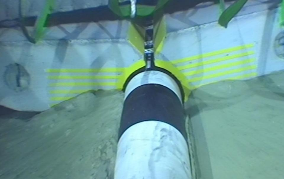 Pipeline_Subsea_Subcon_clamping_mattress_Close_up