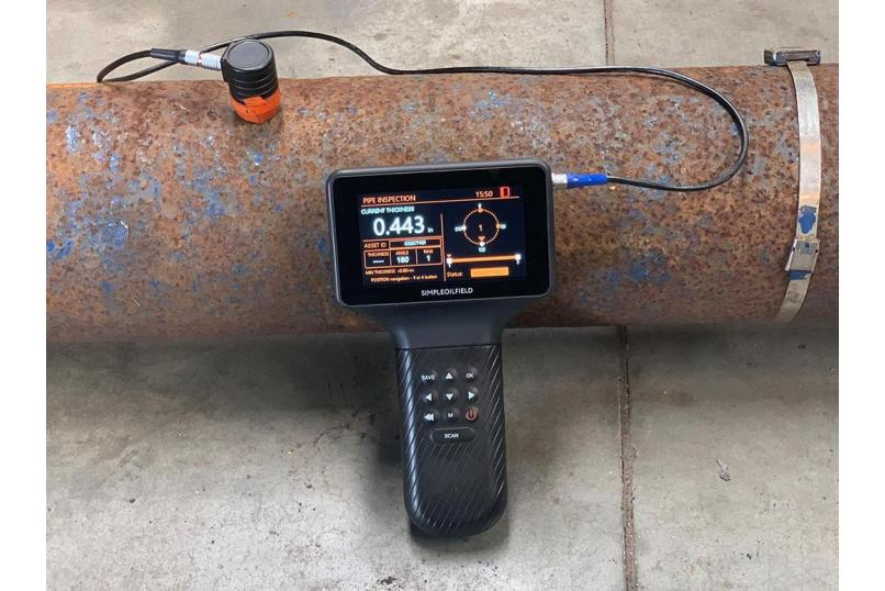 Simple_Oilfield_EMA_3T_NextGen_Thickness_Gauge_Ultrasonic_thickness_UT_inspection_corrosion_technology_oil_gas_in_action